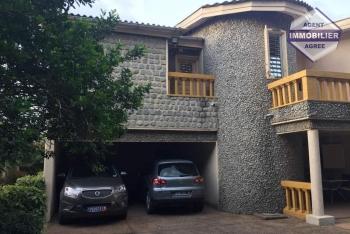 Riviera 2 Une villa duplex de 8 pièces